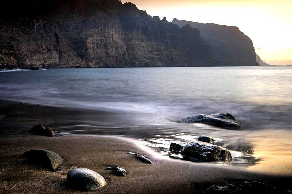 Пляжи Тенерифе: Лос Гигантес