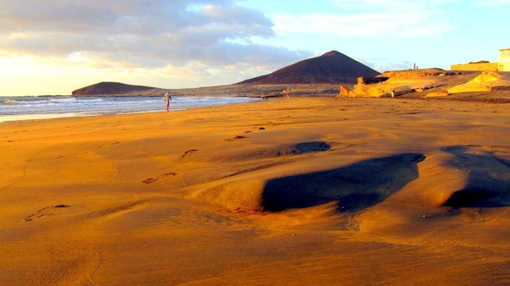 Закат на пляже Эль Медано
