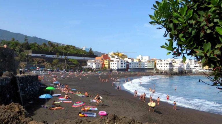 Пляж Жардин на Тенерифе
