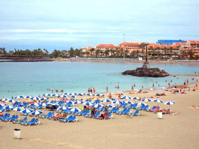 Пляж лас Вистас на Тенерифе