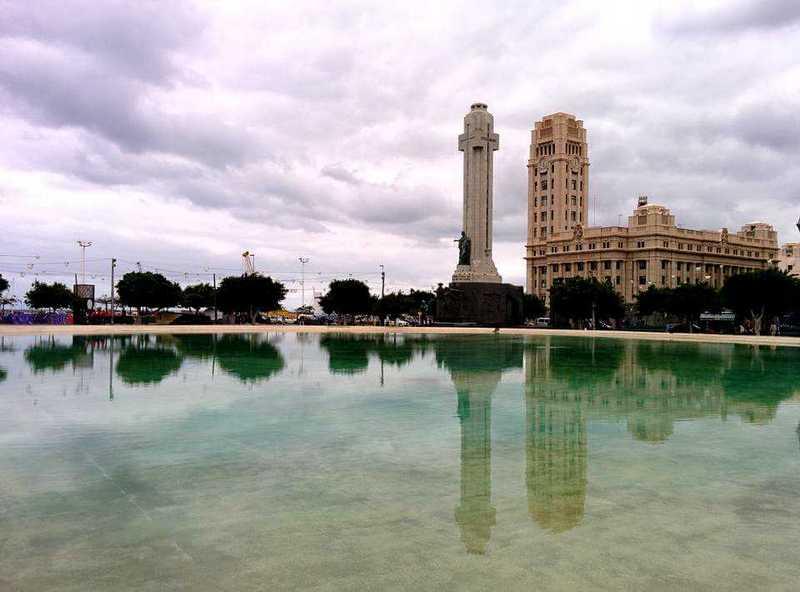 Площадь Испании в Санта-Крус-де-Тенерифе
