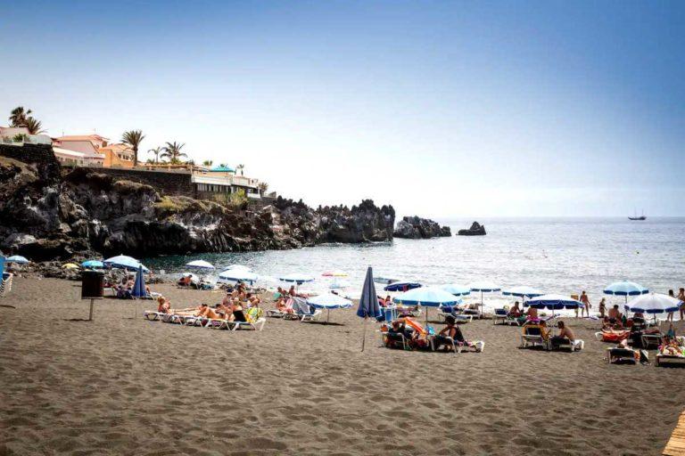 Пляжи Тенерифе: Ла Арена в Пуэрто Сантьяго
