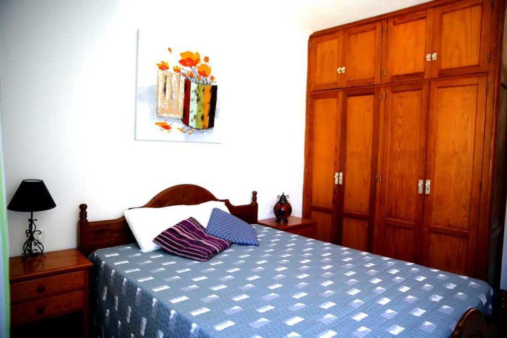 Апартаменты в Seguro el Sol Tenerife, Плайя Ла Арена - большая спальная